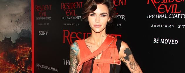 Resident Evil The Final Chapter Ruby Rose: Zum Anbeißen! Auch Zombies Sind Verrückt Nach Ruby Rose
