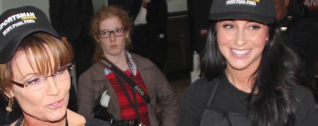 Sarah Palin (l.) und Tochter Bristol