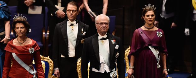 Prinz Daniel von Schweden, Königin Silvia von Schweden, Carl Gustaf und Prinzessin Sofía von Spanien