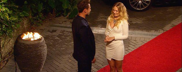 Bachelor Sebastian und Anna in der ersten Nacht der Rosen