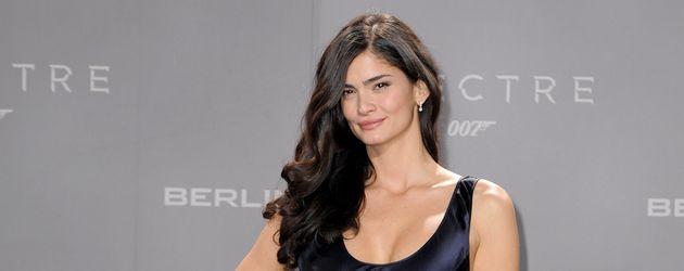 "Shermine Shahrivar auf James Bond ""Spectre""-Premiere"