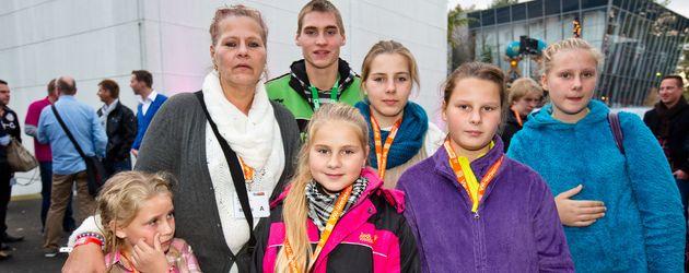 Silvia Wollny mit ihren Kindern Sarah Jane, Loredana, Lavinia, Calantha, Estefania und Peter