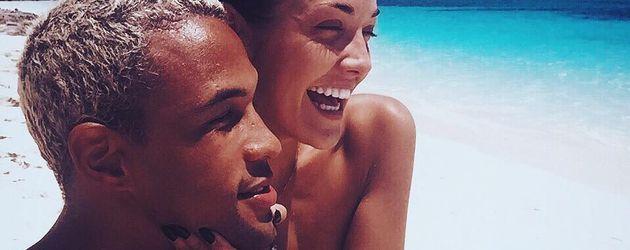 Simon Desue und Enisa Bukvic auf den Bahamas
