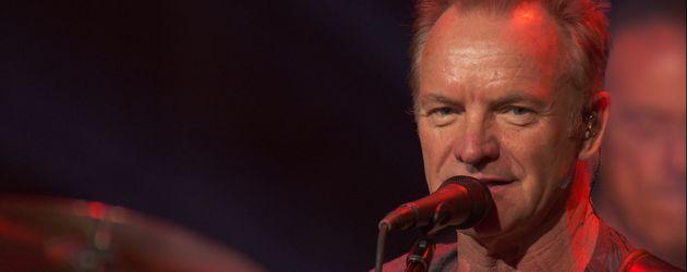 Sting bei seinem Konzert im wiedereröffneten Bataclan in Paris im November 2016