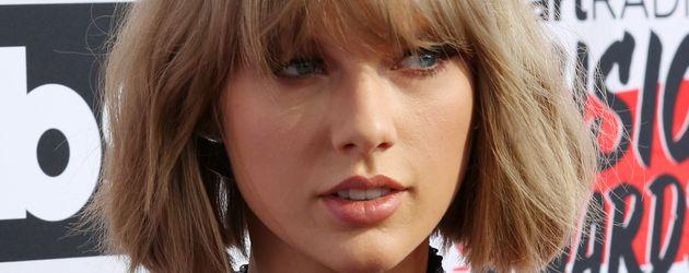 "Taylor Swift bei den ""iHeart Radio Music Awards"" in Los Angeles"