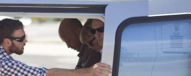 Taylor Swift und Tom Hiddleston beim Abflug mit dem Helikopter in Rom
