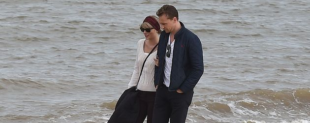 Taylor Swift und Tom Hiddleston am Strand nahe Lowestoft