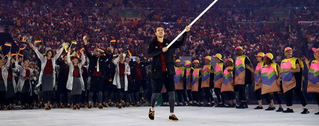 Timo Boll bei der Eröffnungsfeier der Olympischen Spiele 2016