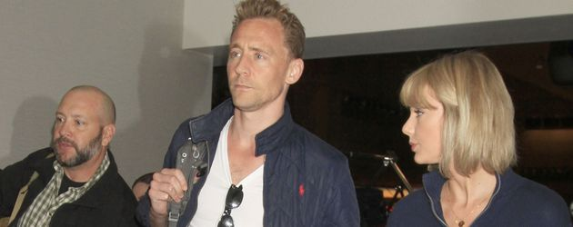 Tom Hiddleston & Taylor Swift fliegen von L.A. weiter nach Australien